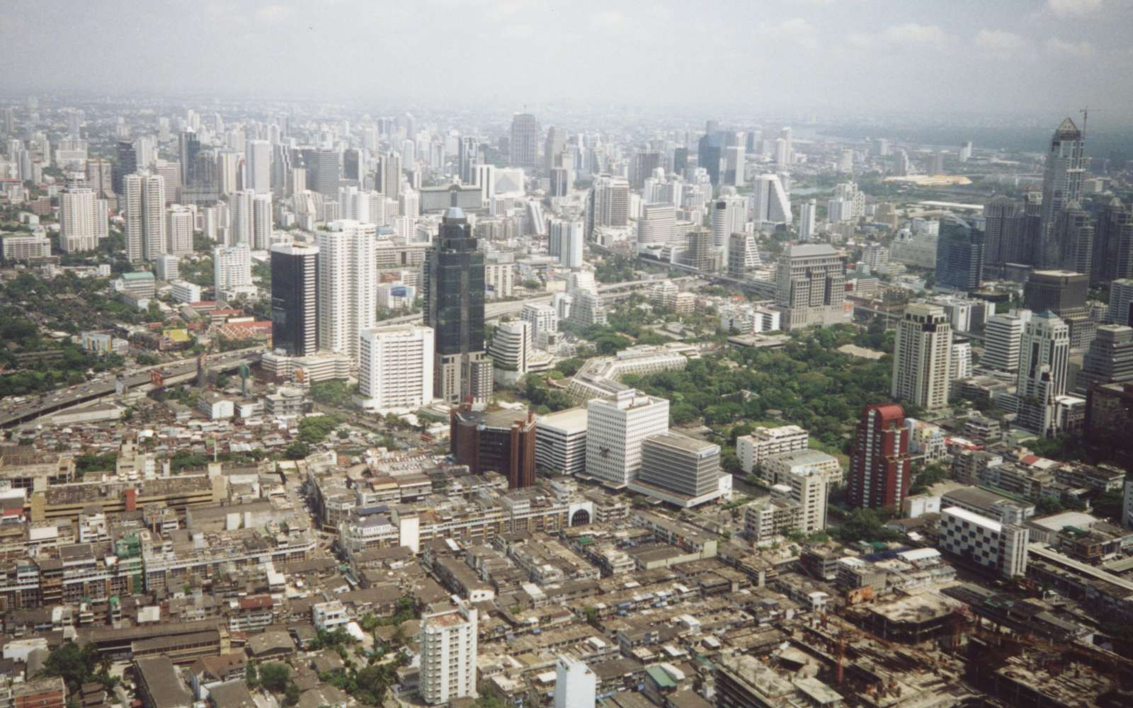 Bangkok_skyline